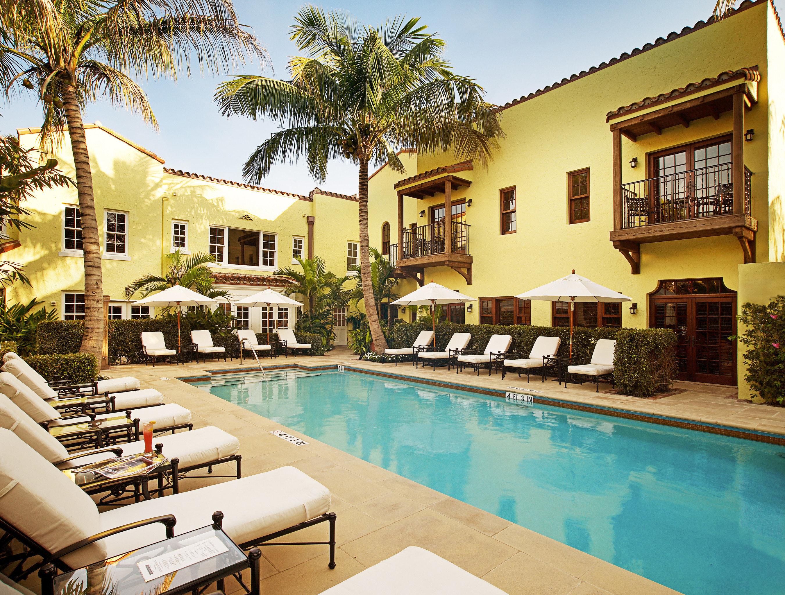 building tree property condominium swimming pool leisure Resort Villa house home mansion hacienda palace