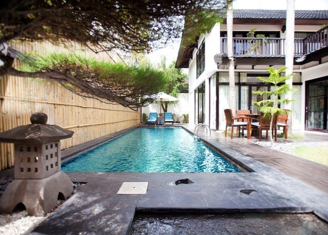 property swimming pool building leisure Resort hacienda condominium Villa