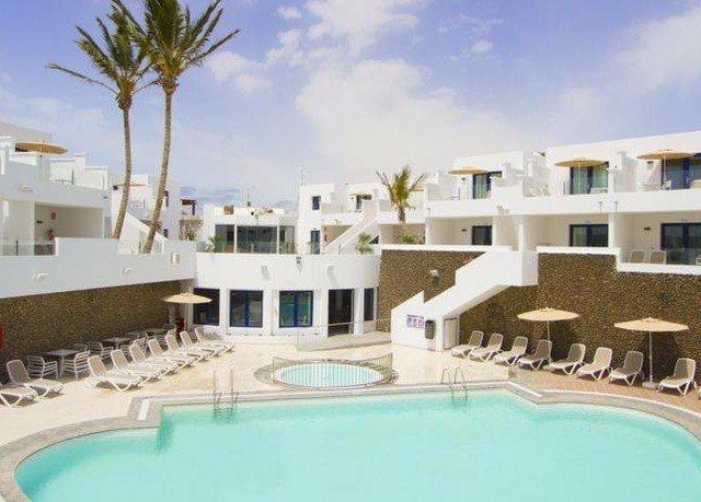 condominium property swimming pool Resort building Villa leisure leisure centre mansion home hacienda