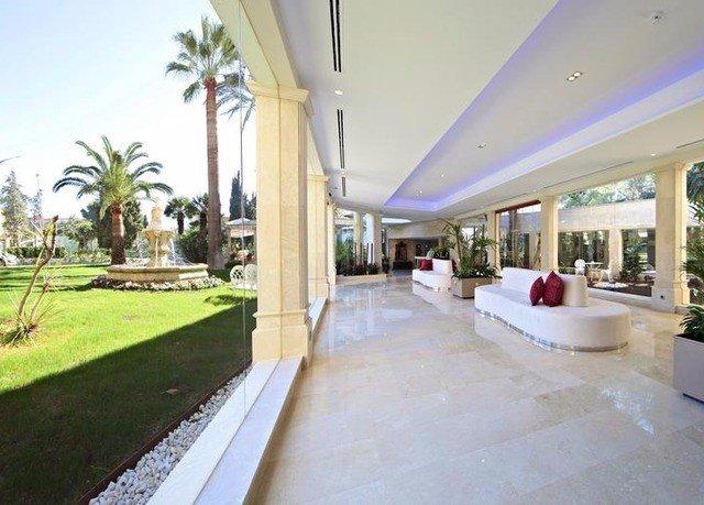 property building Resort Villa condominium mansion home hacienda swimming pool porch