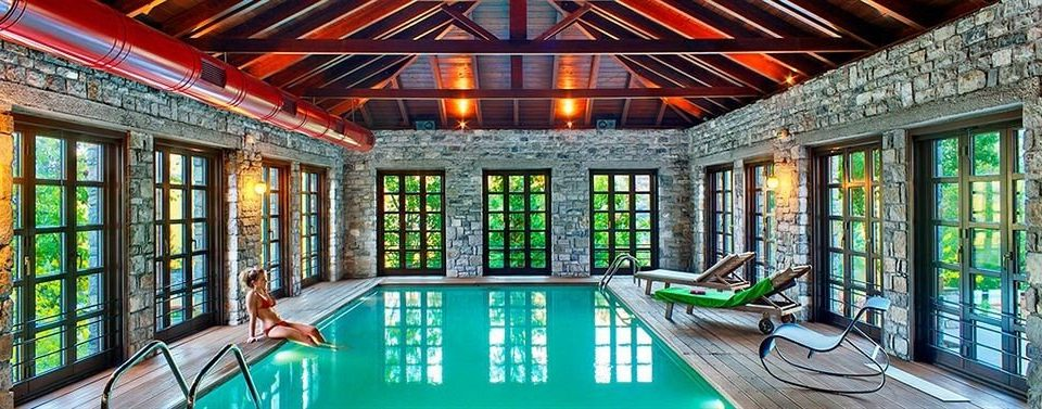 building property leisure swimming pool Resort mansion home condominium palace Villa