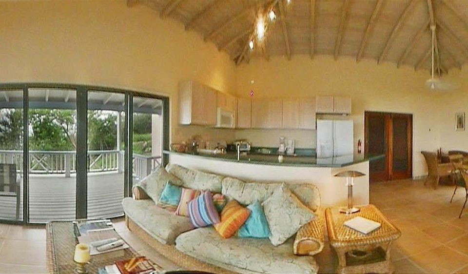 property Villa building Resort cottage farmhouse hacienda mansion eco hotel living room
