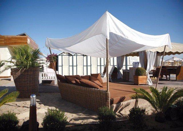 sky tent property Villa Resort gazebo canopy cottage outdoor structure