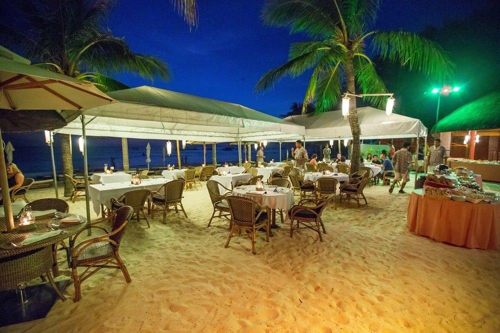 umbrella chair Resort restaurant caribbean function hall hacienda eco hotel Villa lined palm