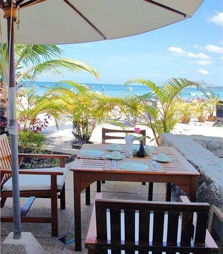 tree chair property Resort restaurant Villa caribbean hacienda home cottage condominium