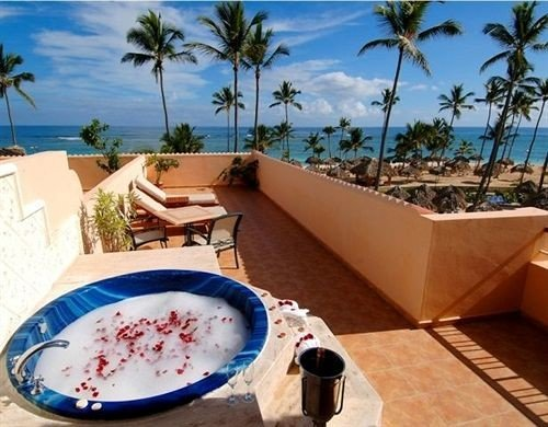 swimming pool property leisure Resort Villa palm caribbean jacuzzi