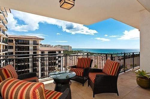 chair property home Villa condominium Resort living room cottage hacienda overlooking colorful set