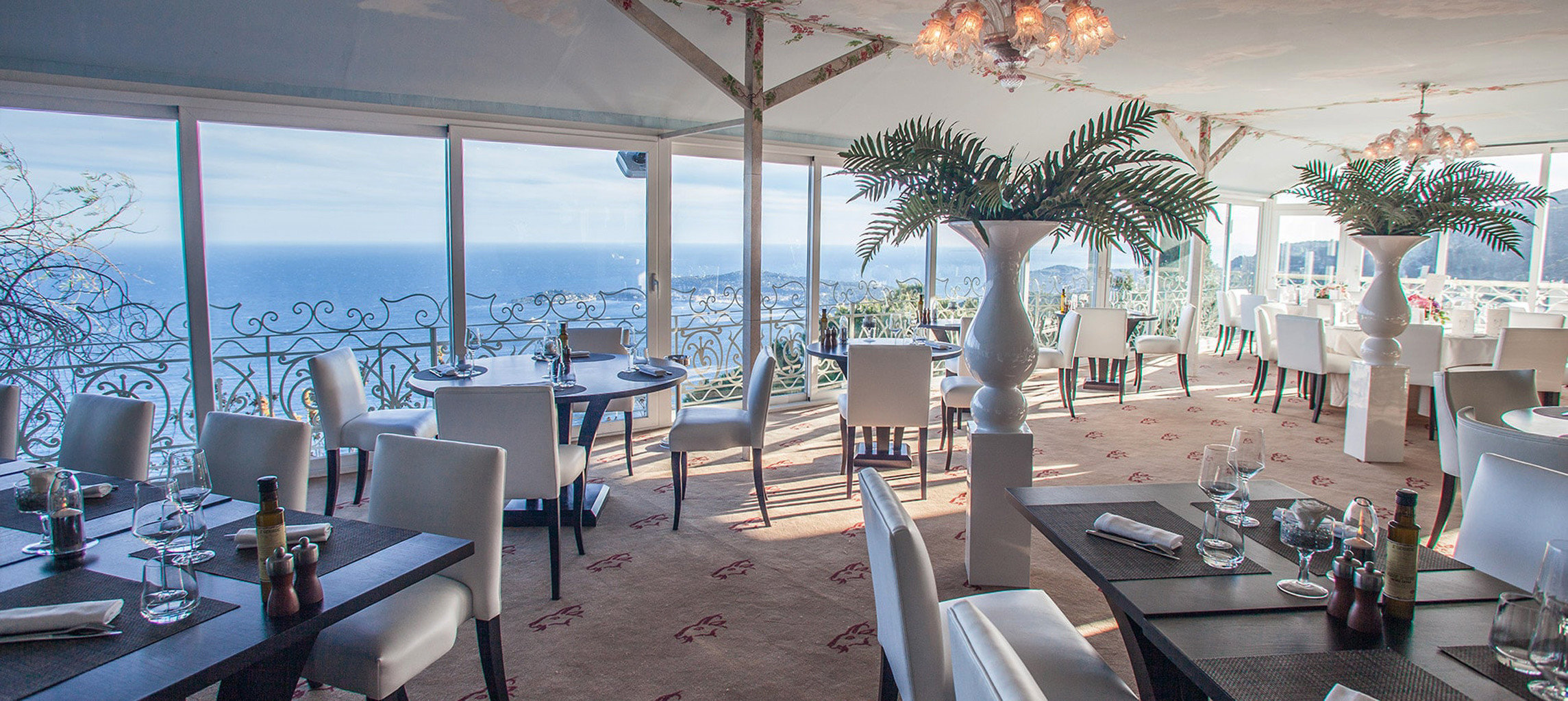 property chair restaurant Resort home Villa condominium
