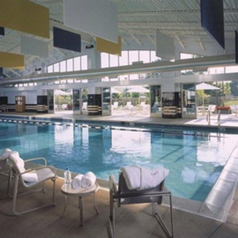 swimming pool property chair condominium leisure centre plaza Villa Resort
