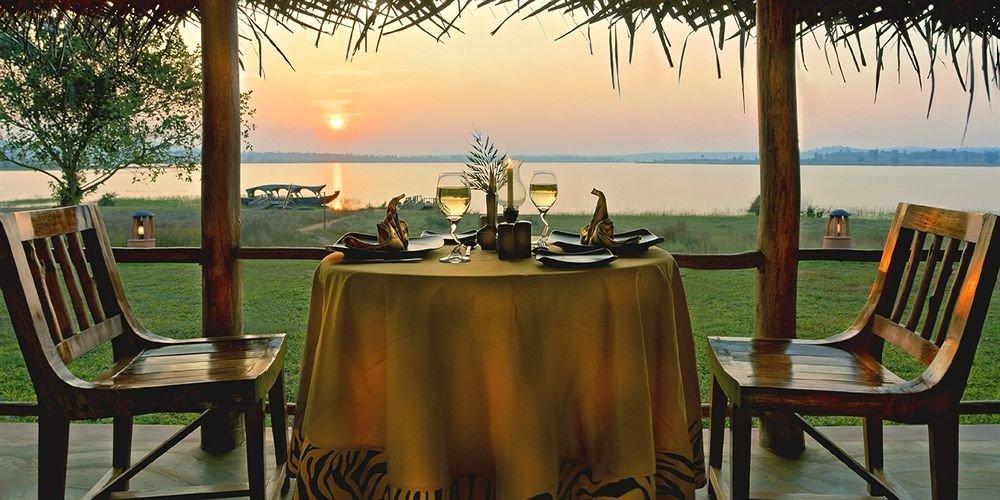 tree chair leisure property restaurant Resort home Villa hacienda set dining table