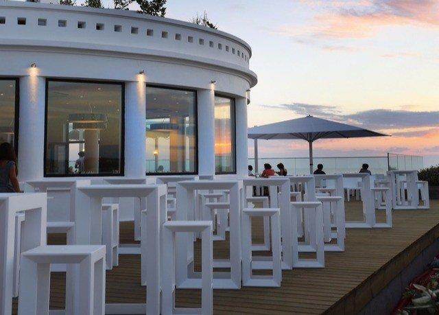 chair passenger ship restaurant Resort yacht outdoor structure Villa