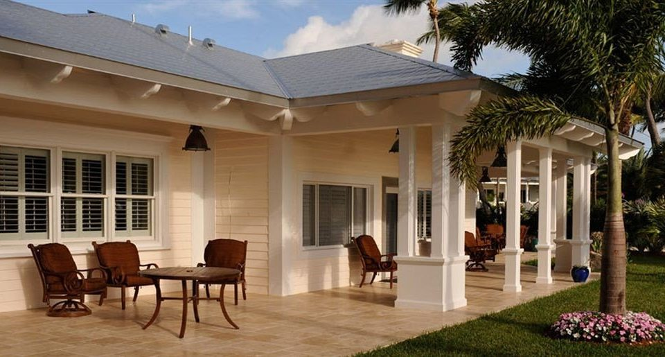 property home house Villa porch mansion Resort outdoor structure hacienda condominium cottage farmhouse