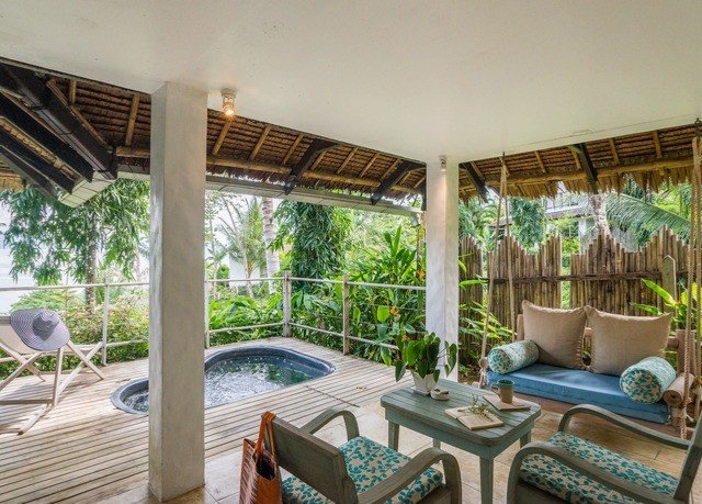 property Resort Villa condominium home cottage mansion porch living room eco hotel outdoor structure hacienda