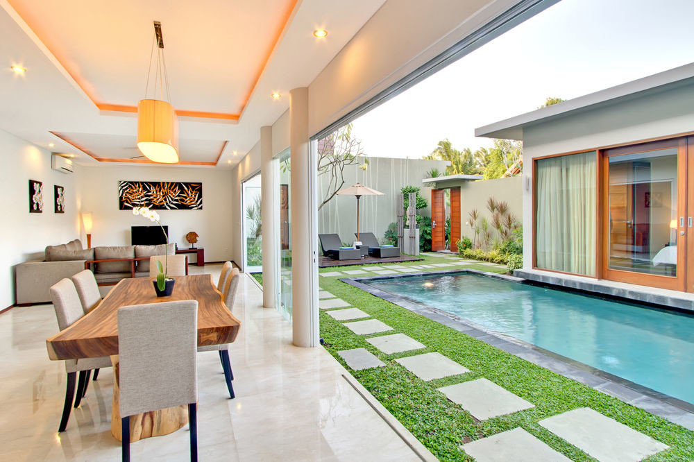 property Resort condominium Villa home swimming pool mansion living room cottage