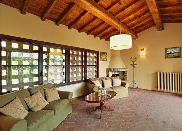 sofa property living room home hardwood cottage Villa farmhouse condominium Resort wood flooring loft