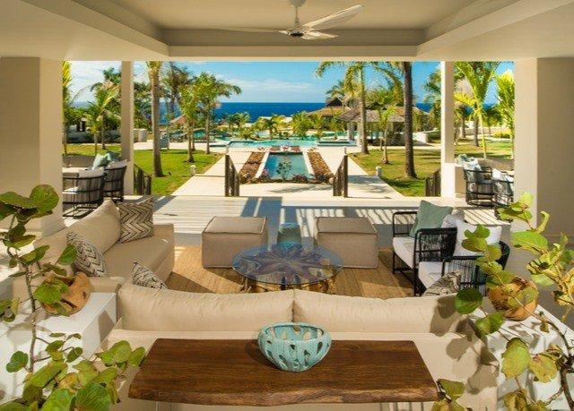 property Resort Villa home condominium mansion cottage swimming pool