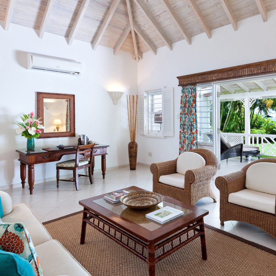 property living room Villa Resort home cottage farmhouse condominium