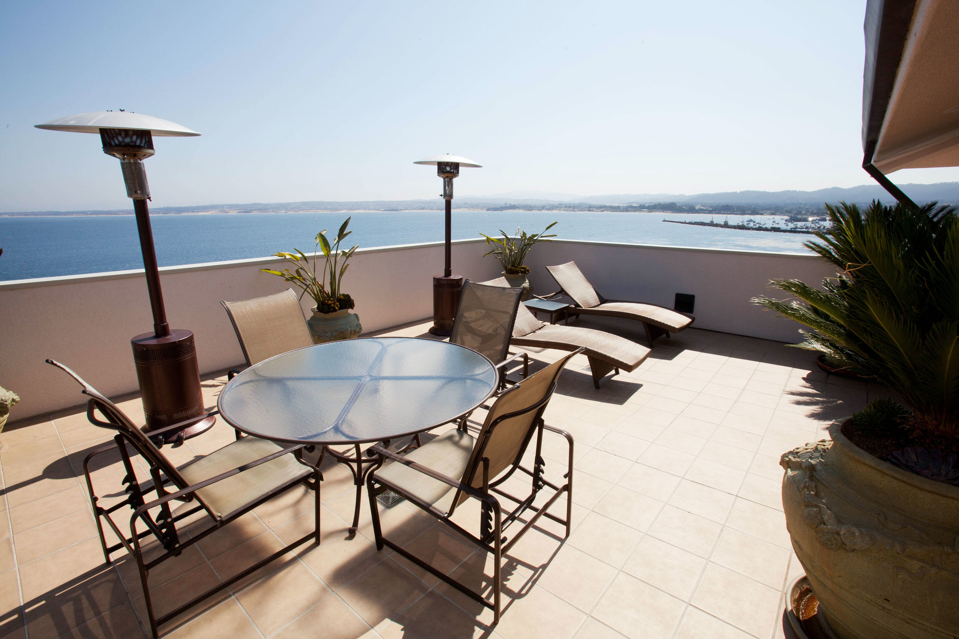 sky property Villa home yacht condominium Resort cottage
