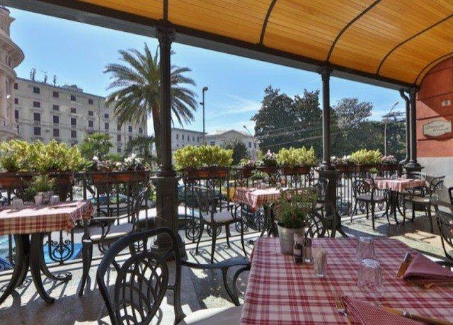 property plaza Resort condominium Villa hacienda outdoor structure restaurant porch dining table