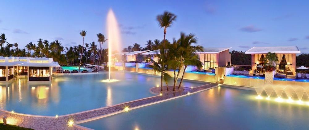sky swimming pool leisure Resort property plaza marina reflecting pool resort town condominium dock Villa palace palm shore