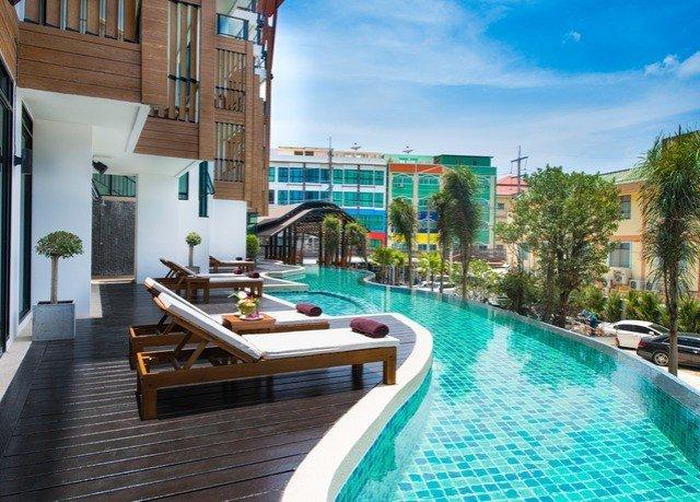 swimming pool condominium property leisure Resort Villa green