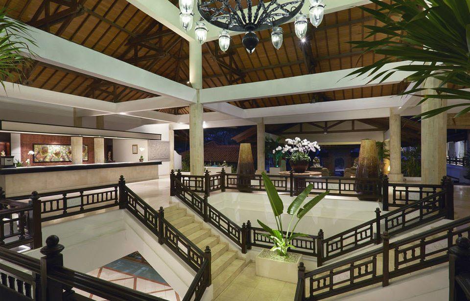 property Resort home condominium mansion restaurant Villa