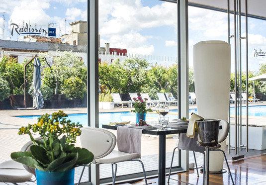 property condominium Resort home restaurant Villa