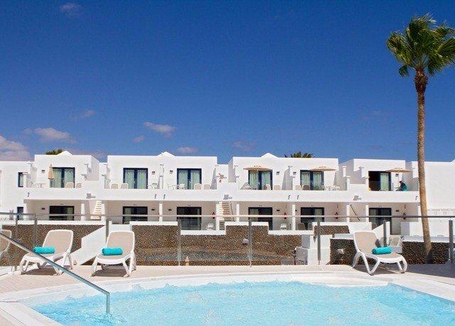 sky property condominium swimming pool leisure Resort leisure centre Villa home mansion marina swimming