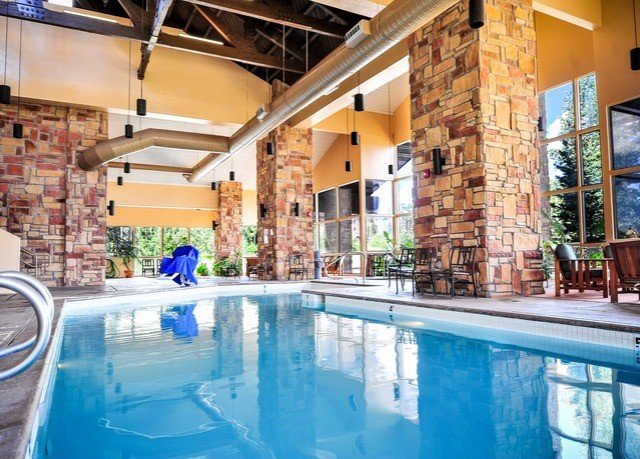 swimming pool property leisure condominium Resort mansion Villa