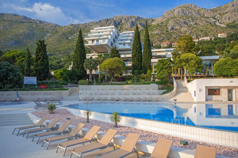 mountain swimming pool leisure property park Resort reflecting pool Villa palace condominium lined overlooking