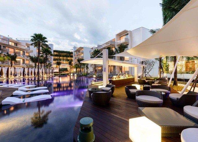 sky property Resort leisure condominium Villa restaurant plaza swimming pool