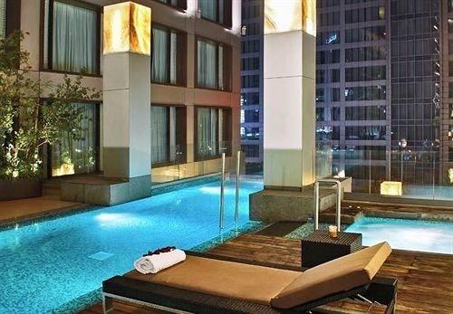 swimming pool property condominium Villa mansion outdoor structure Resort