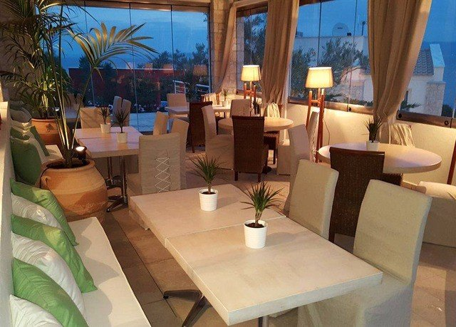 property Resort restaurant condominium Villa