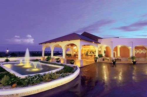 sky property leisure Resort swimming pool hacienda Villa mansion convention center plaza palace
