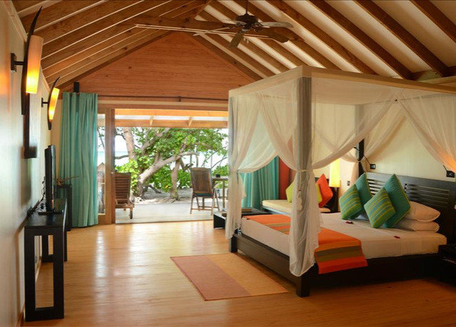 property Resort Villa cottage outdoor structure eco hotel hard