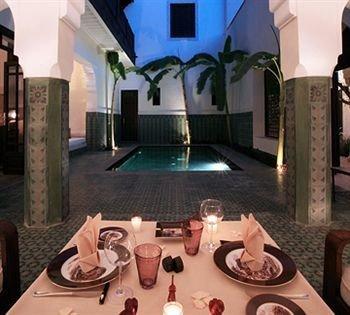 property swimming pool mansion Resort Villa hacienda dining table