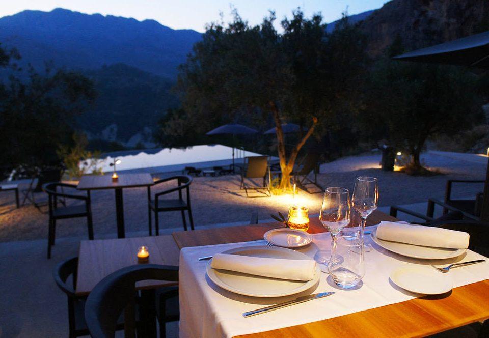 tree Resort restaurant Villa dining table