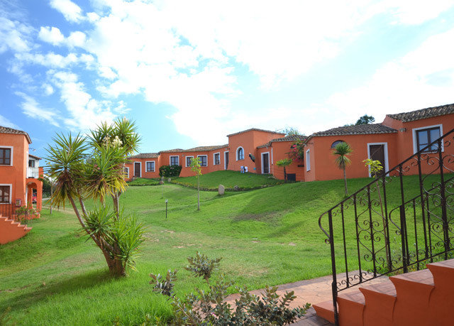 grass sky property Resort hacienda Villa home residential area lawn