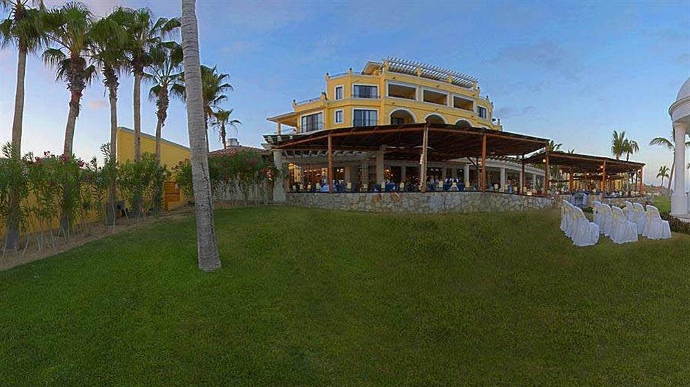 grass sky property house residential area mansion Resort home Villa hacienda palace