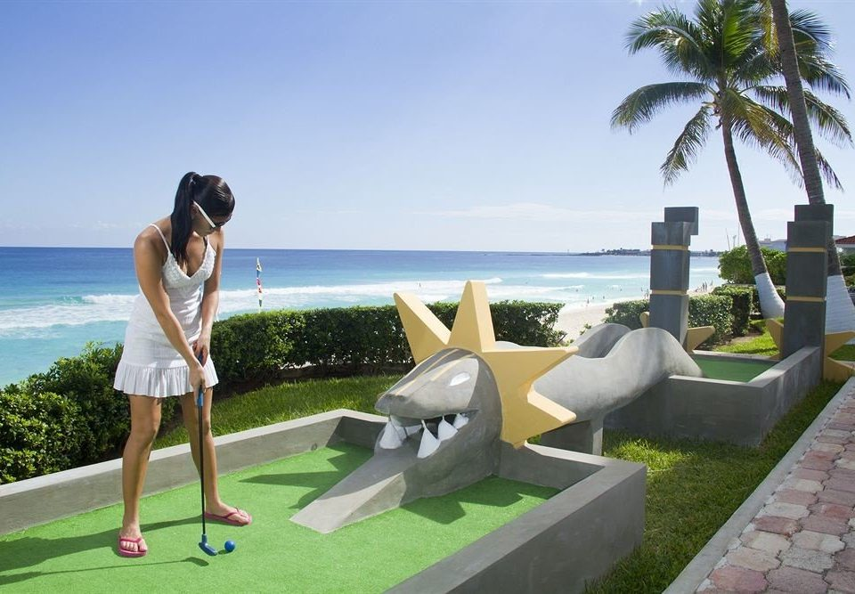 sky grass leisure Villa Resort