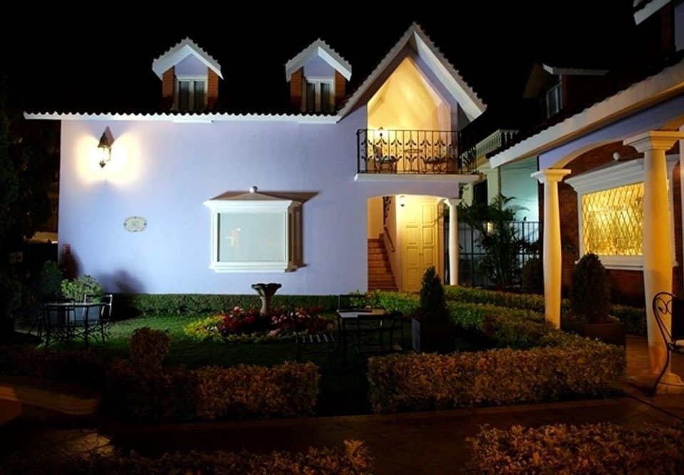 house property home landscape lighting mansion lighting Villa hacienda Resort
