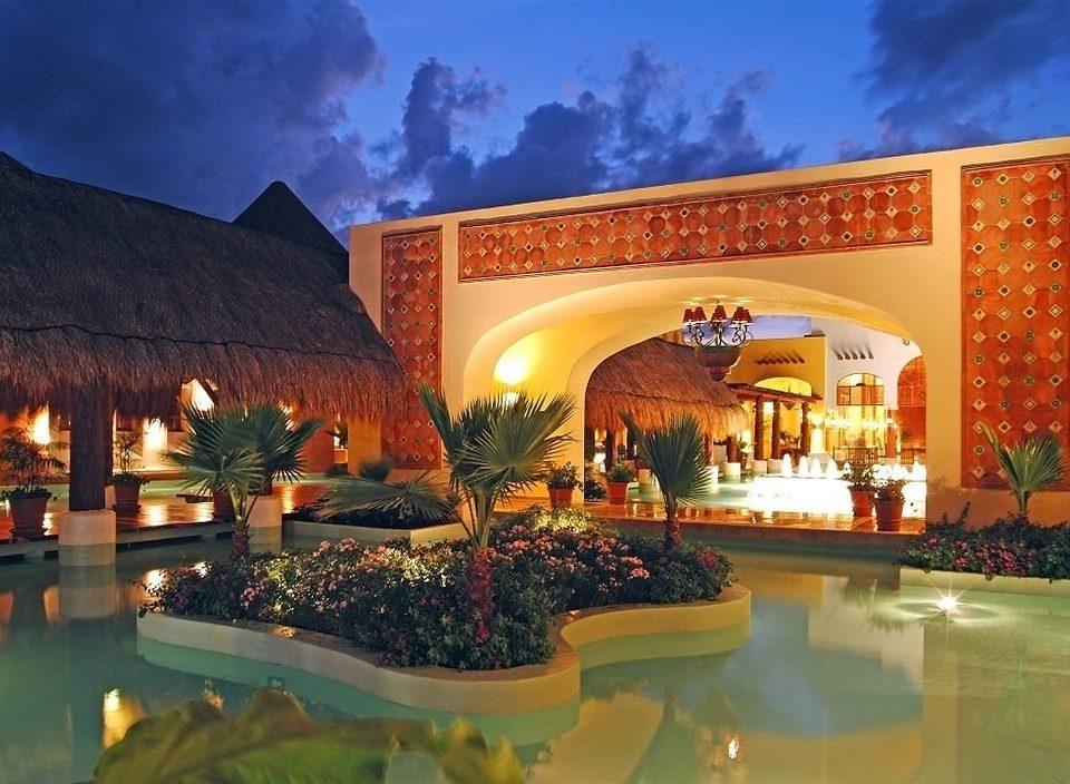 Resort hacienda mansion palace home Villa swimming pool