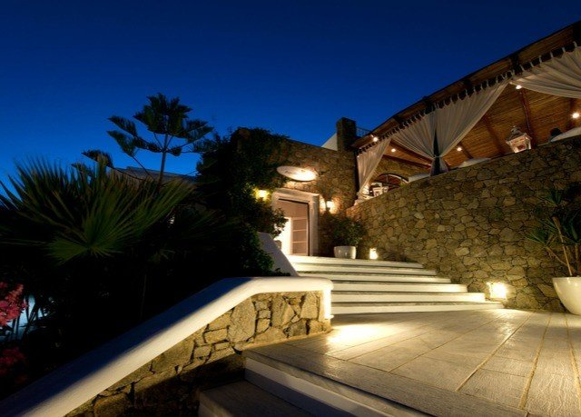 sky property night swimming pool Resort house Villa lighting home landscape lighting mansion