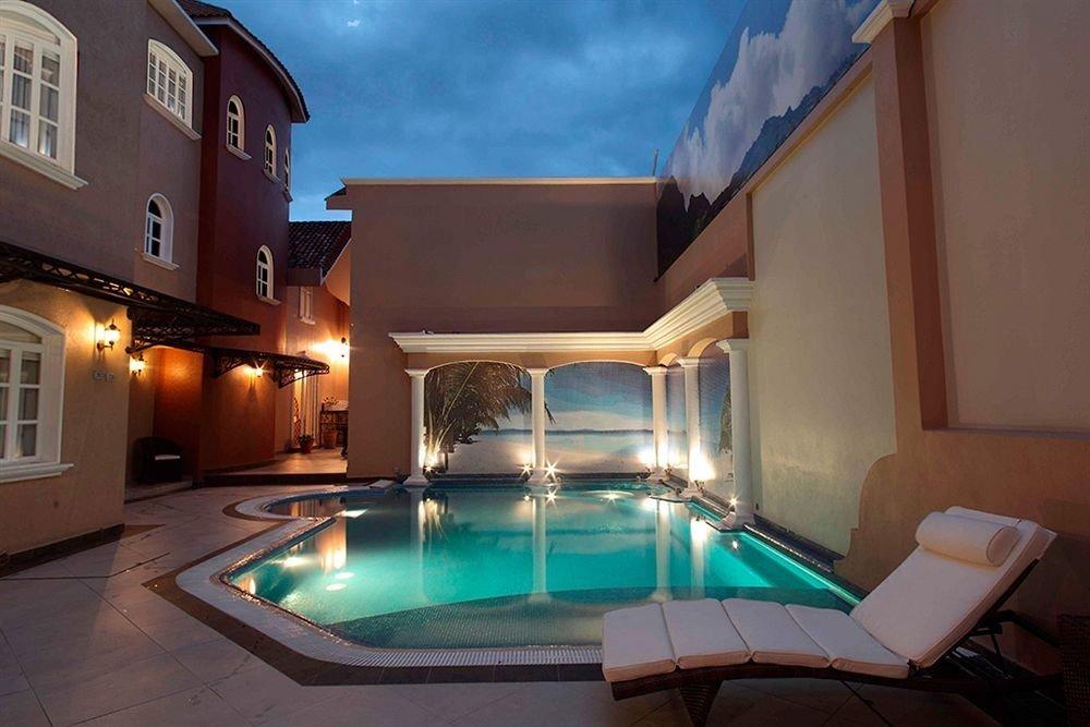 swimming pool property house Villa Resort home mansion