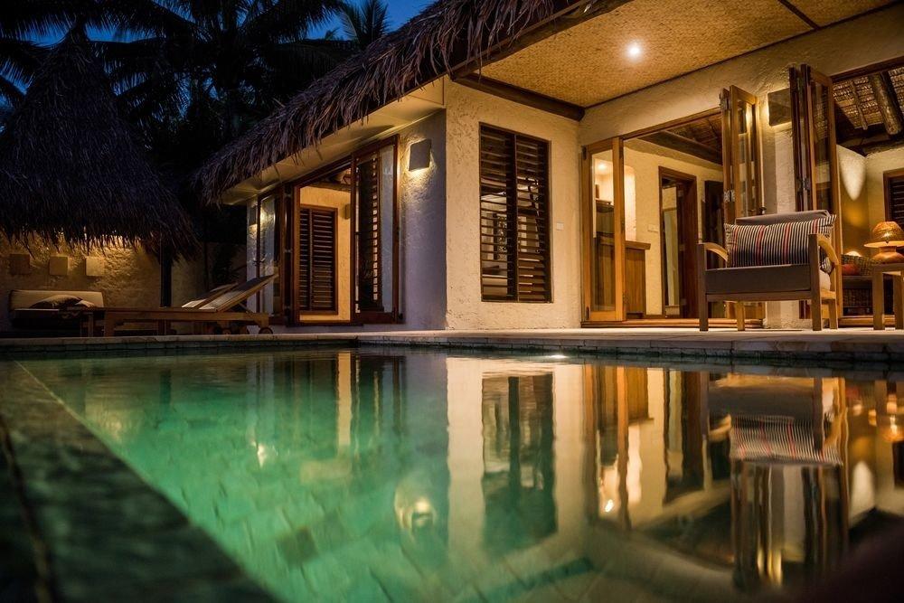 property house home swimming pool mansion Resort lighting landscape lighting Villa