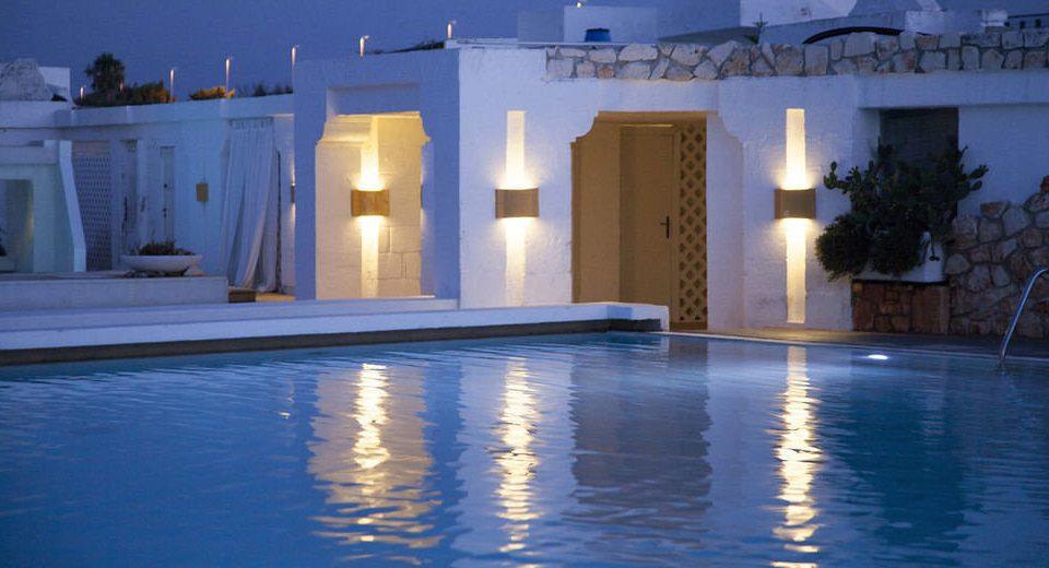 swimming pool light house night thermae lighting Resort mansion Villa