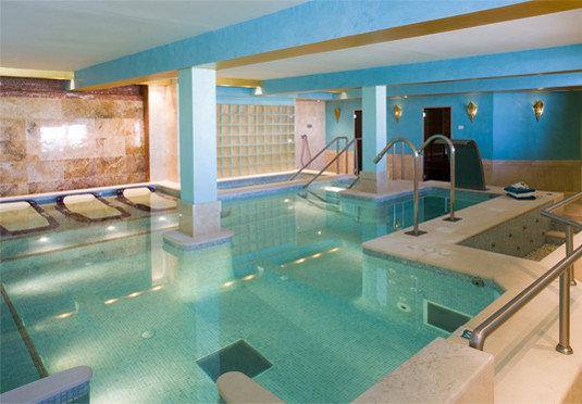 swimming pool property leisure centre Resort jacuzzi Villa