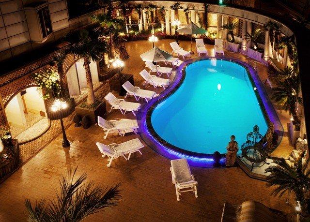 swimming pool Resort mansion Villa