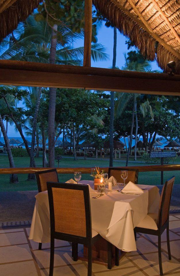 tree Resort restaurant Villa outdoor structure overlooking