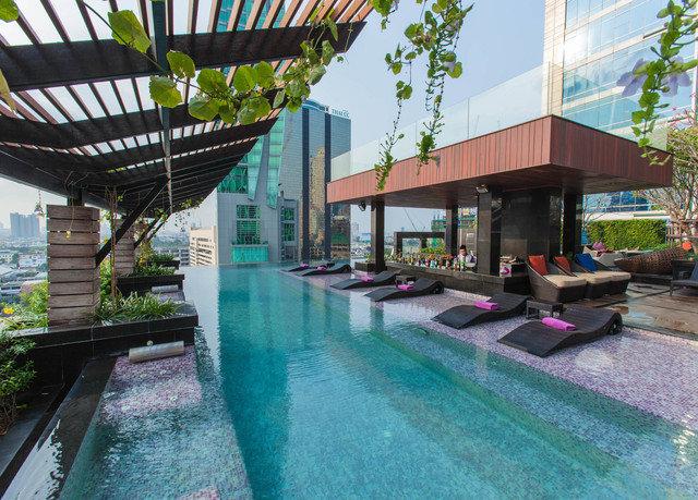 leisure swimming pool condominium property Resort Villa plaza Water park